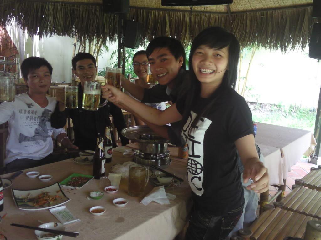 Những tấm hình mới nhất về bữa ofline 2/9 của thành viên 4rum nè! Photo0096