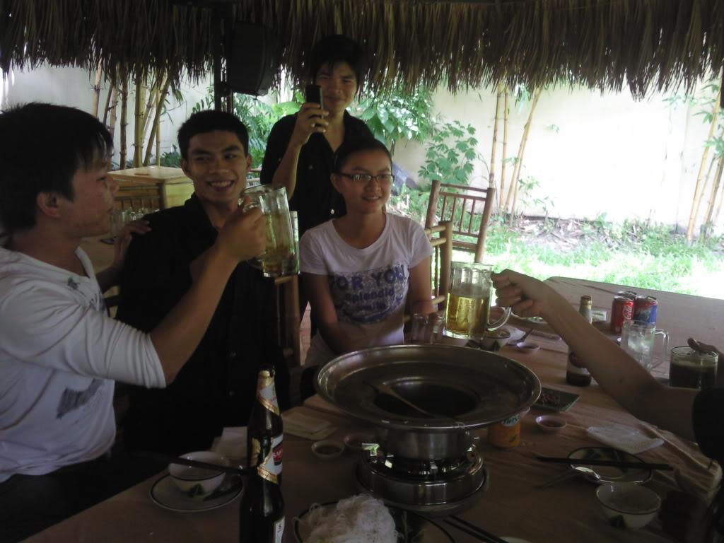 Những tấm hình mới nhất về bữa ofline 2/9 của thành viên 4rum nè! Photo0098