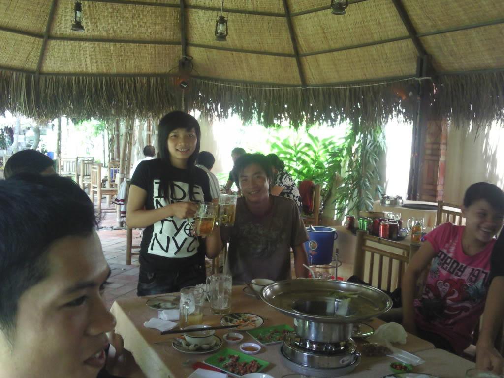 Những tấm hình mới nhất về bữa ofline 2/9 của thành viên 4rum nè! Photo0109