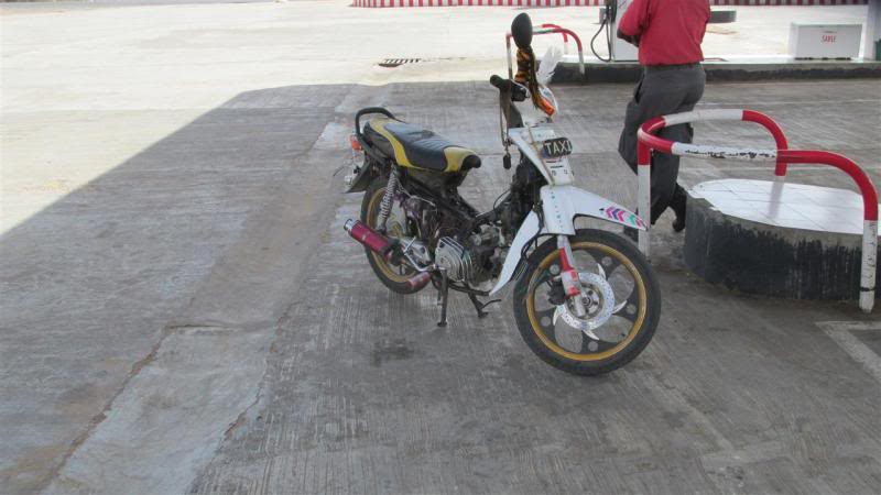 The Road to Bansang- Andy's trip to the Gambia on a Honda C90 - Page 3 AP029Custom_zps012f71b7