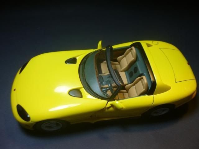 Dodge Viper RT/10 1995. AMT 1/25 P1020674