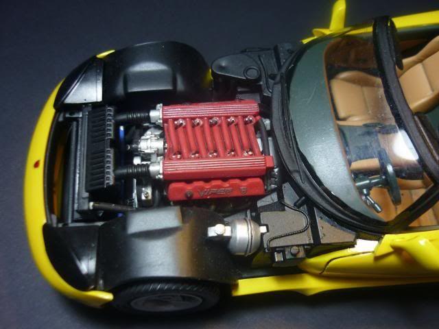 Dodge Viper RT/10 1995. AMT 1/25 P1020675