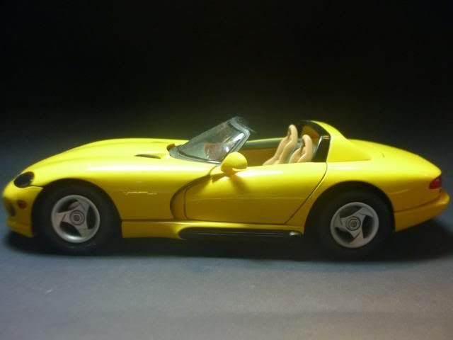 Dodge Viper RT/10 1995. AMT 1/25 P1020681