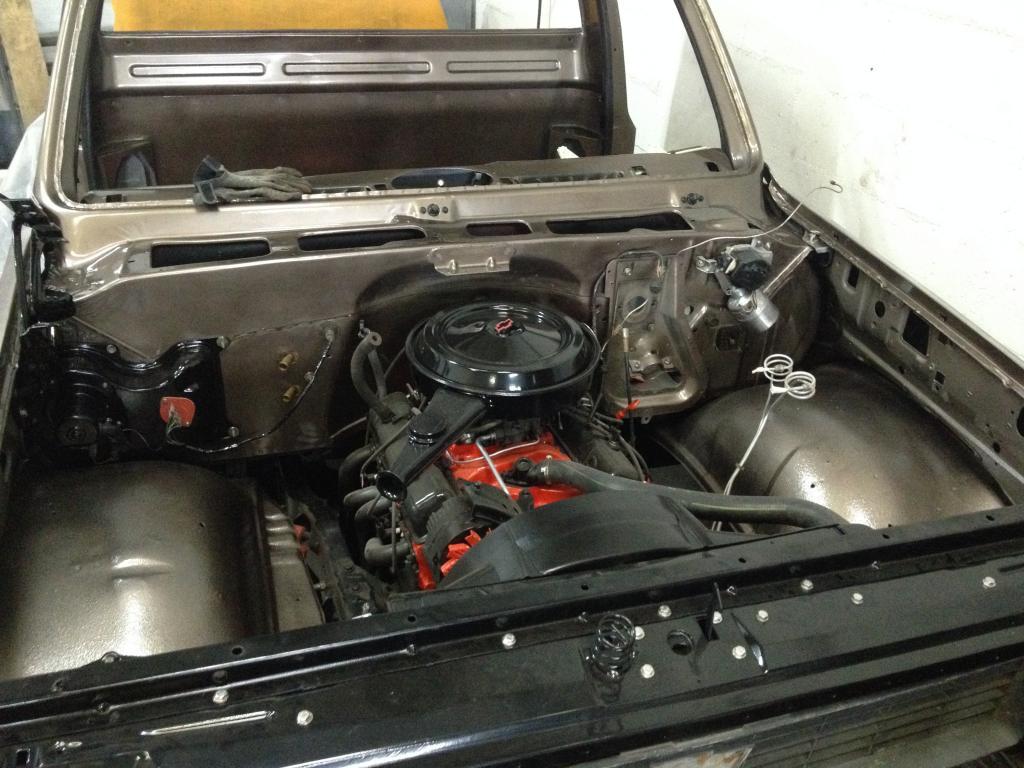 Restauration de mon Chevrolet k20 de 1976 - Page 2 IMG_5051_zps65880a4a