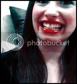 Demi Lovato  - Page 2 Bigsmile