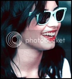 Demi Lovato  - Page 2 Correctsize
