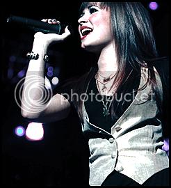 Demi Lovato  - Page 2 Demising