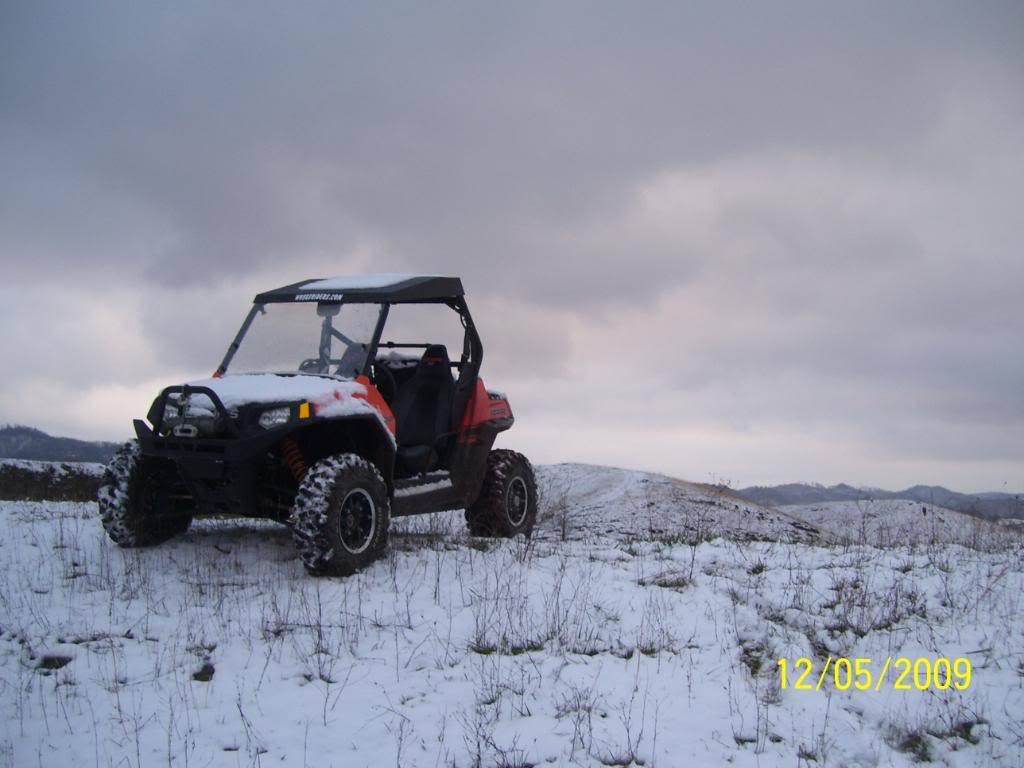 took a few snow pics 100_3303