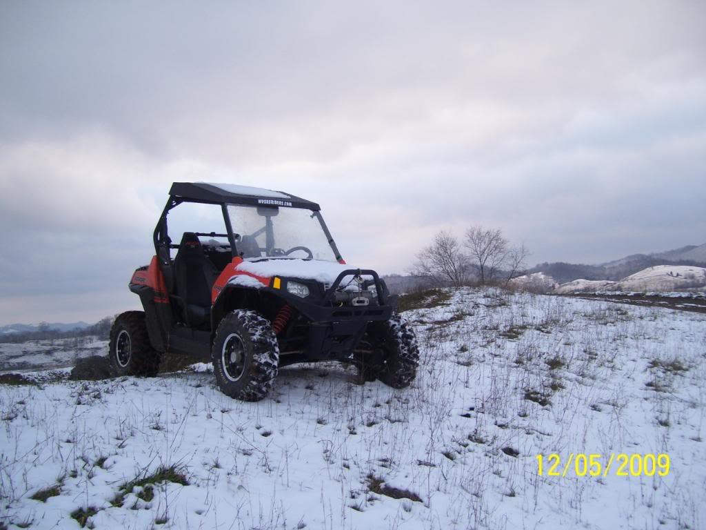 took a few snow pics 100_3310