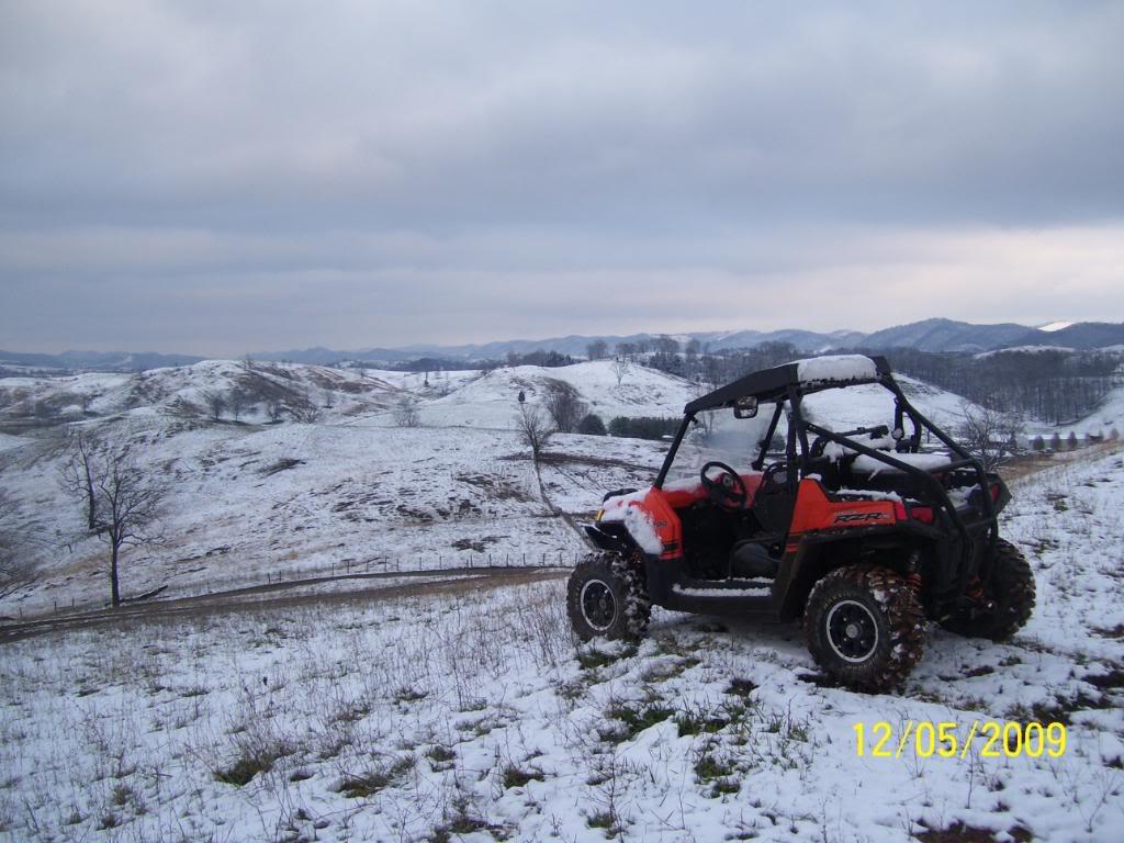 took a few snow pics 100_3312