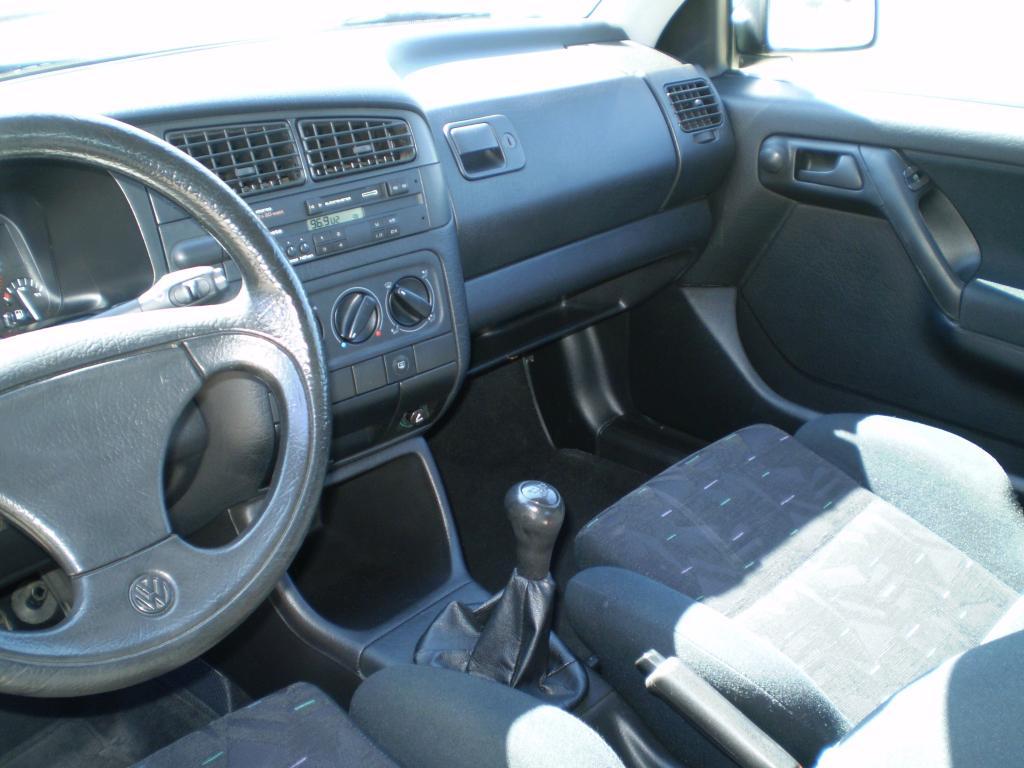 Golf GTI 8V 1993 - Page 2 VWGolfMk3GTI8v1993_20_zpsa6d5bb46