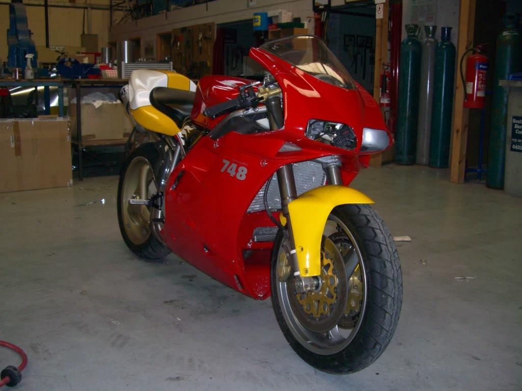 Superbike Ducati 916, 996, 998 et 748 - Page 4 Picture806