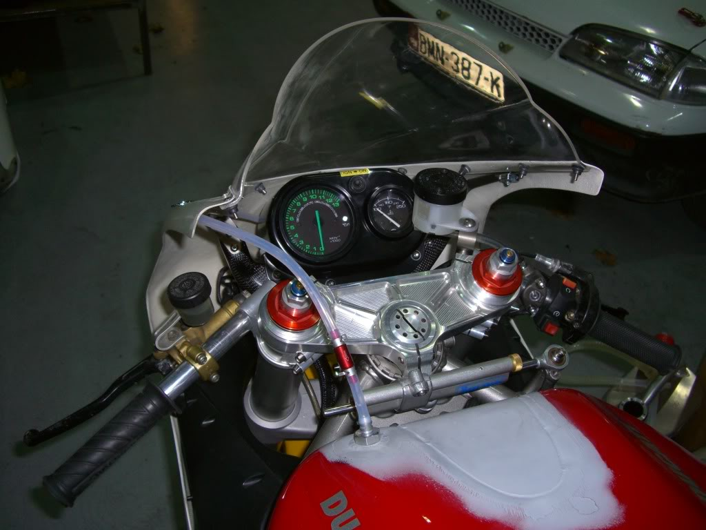 Superbike Ducati 916, 996, 998 et 748 - Page 4 Picture866