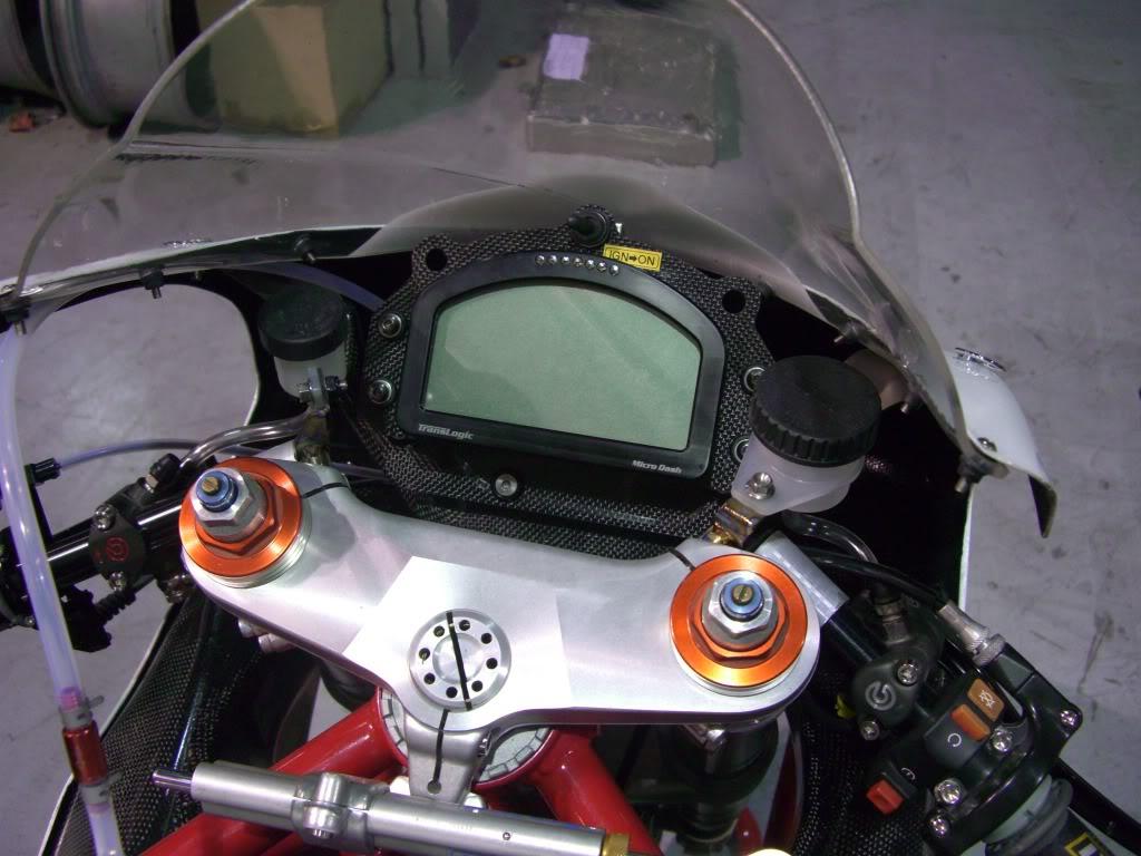 Superbike Ducati 916, 996, 998 et 748 - Page 4 Carbontk2014