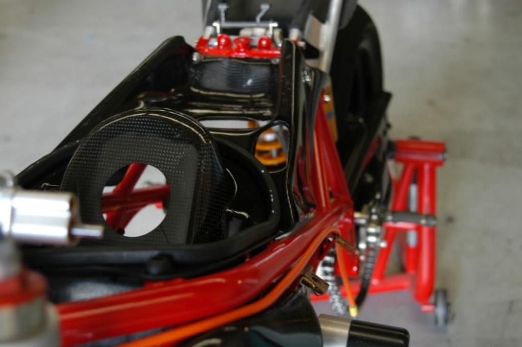 Superbike Ducati 916, 996, 998 et 748 - Page 4 Fatpics059