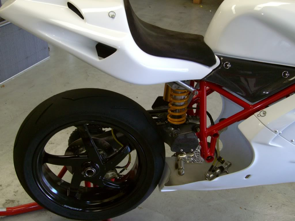 Superbike Ducati 916, 996, 998 et 748 - Page 4 Recent003