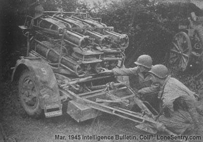 photo montage ou  pas?? F4_german_nebelwerfer_rocket_carriage