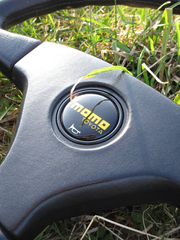 steering wheels... Which one have you got? Andrewsnewstcarpicsforsale272