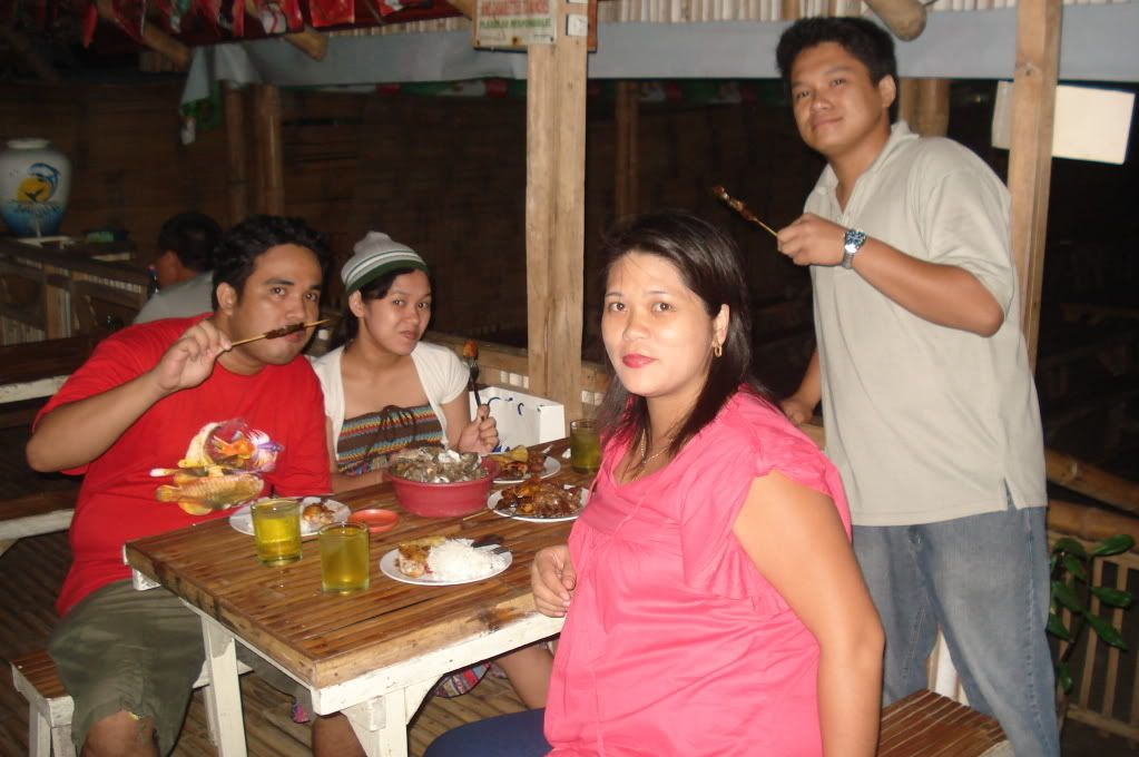 IFHS 1st yr. Anniversary at Mat Mat's (October 8, 2010) FutureHobbieststillInsidehahaha