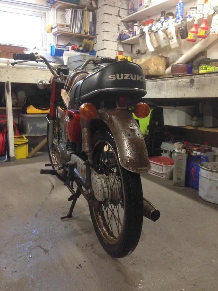 Suzuki A100  IMG_0594