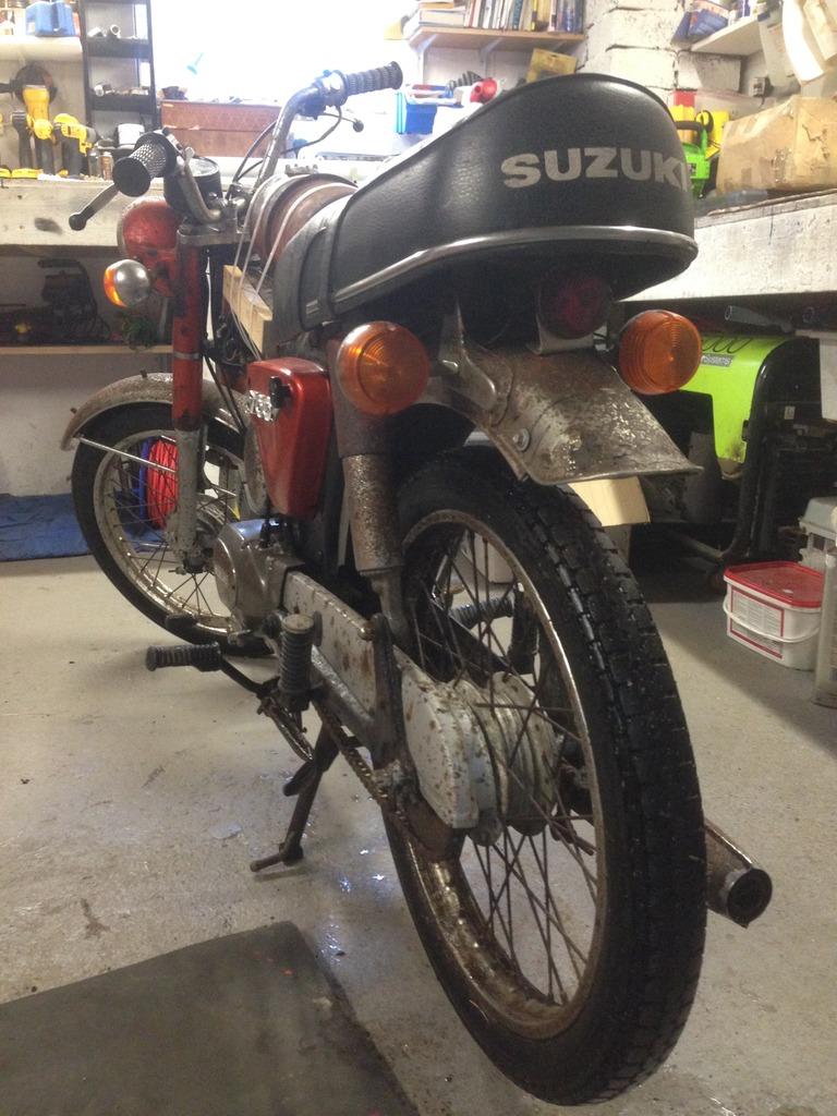 Suzuki A100  IMG_0595
