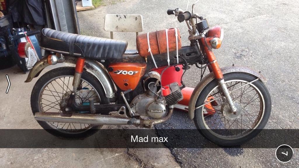Suzuki A100  IMG_8295%201