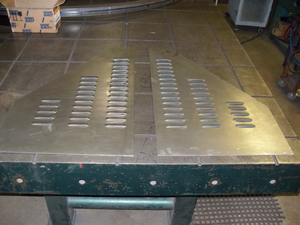 flat louvered panels Hoodpanel