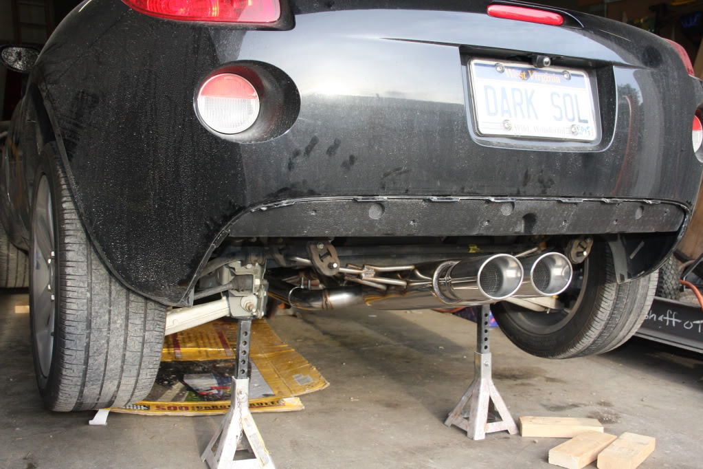 Solstice Center Exhaust Mod install IMG_3551