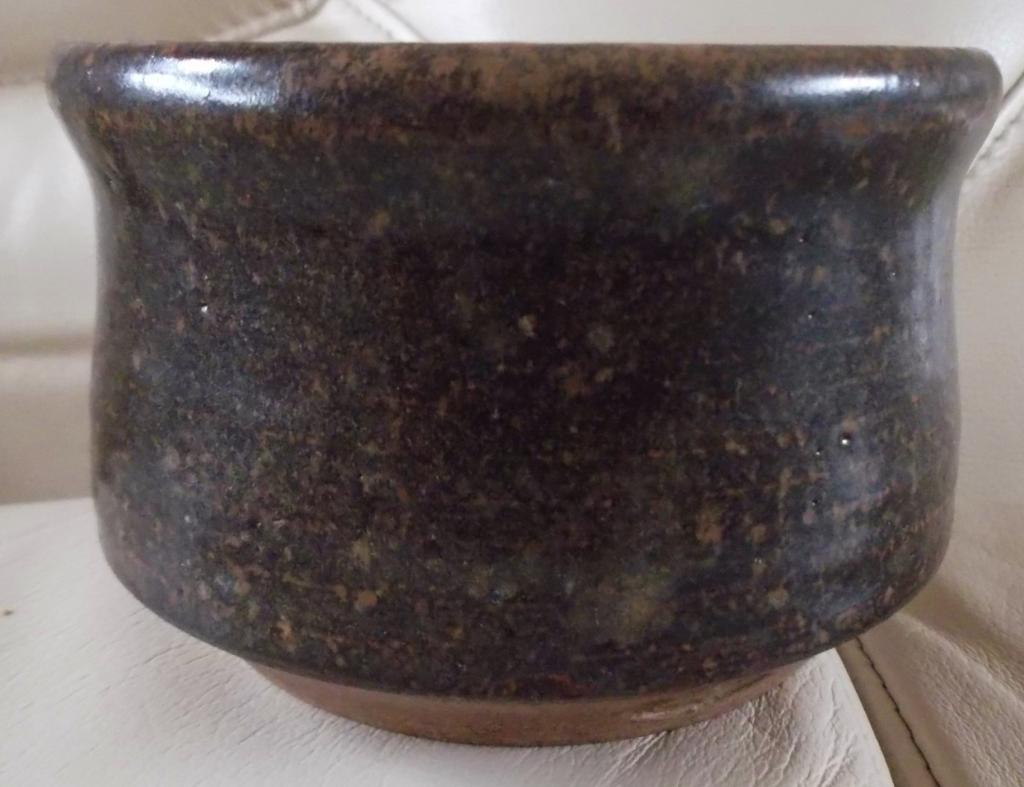 Tenmoku Glaze Pot, Impressed Mark, dp - (Not Christine Ball, Australia) DSCF1926_zpse260e551