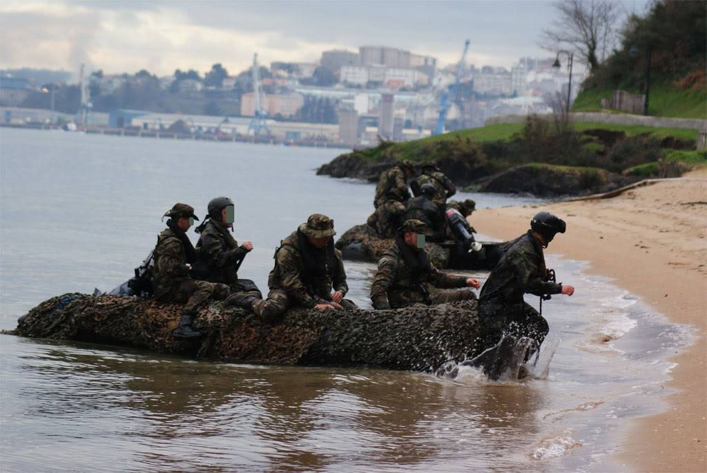 Armée Espagnole/Fuerzas Armadas Españolas - Page 11 110126-IM-057