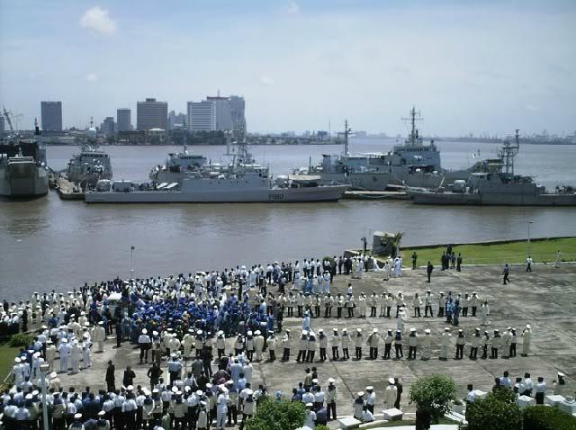 Armée Nigériane / Nigerian Armed Forces - Page 2 Navy1
