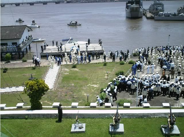 Armée Nigériane / Nigerian Armed Forces - Page 2 Navy3