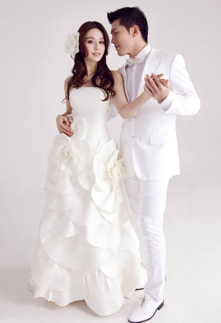 Wedding Dress Bb03