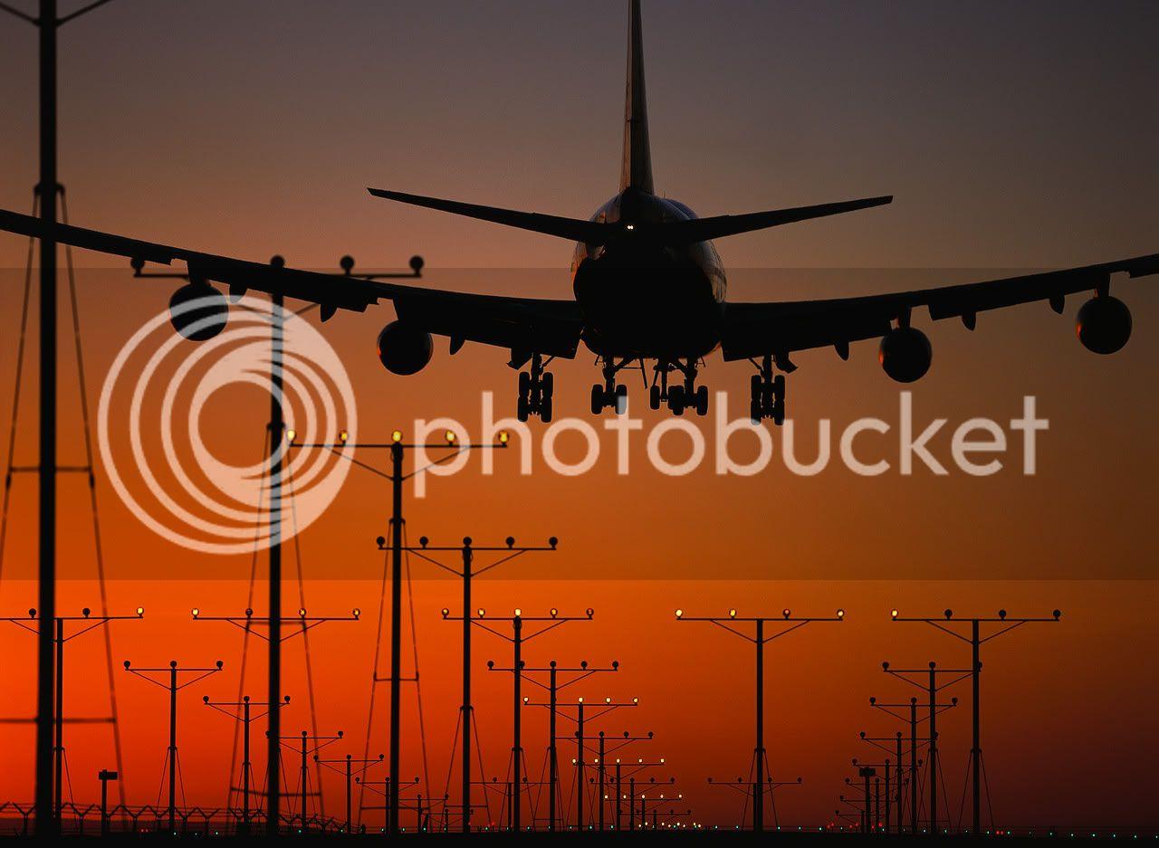 Airplane | 飛行機 | Máy bay Airplane-Landing