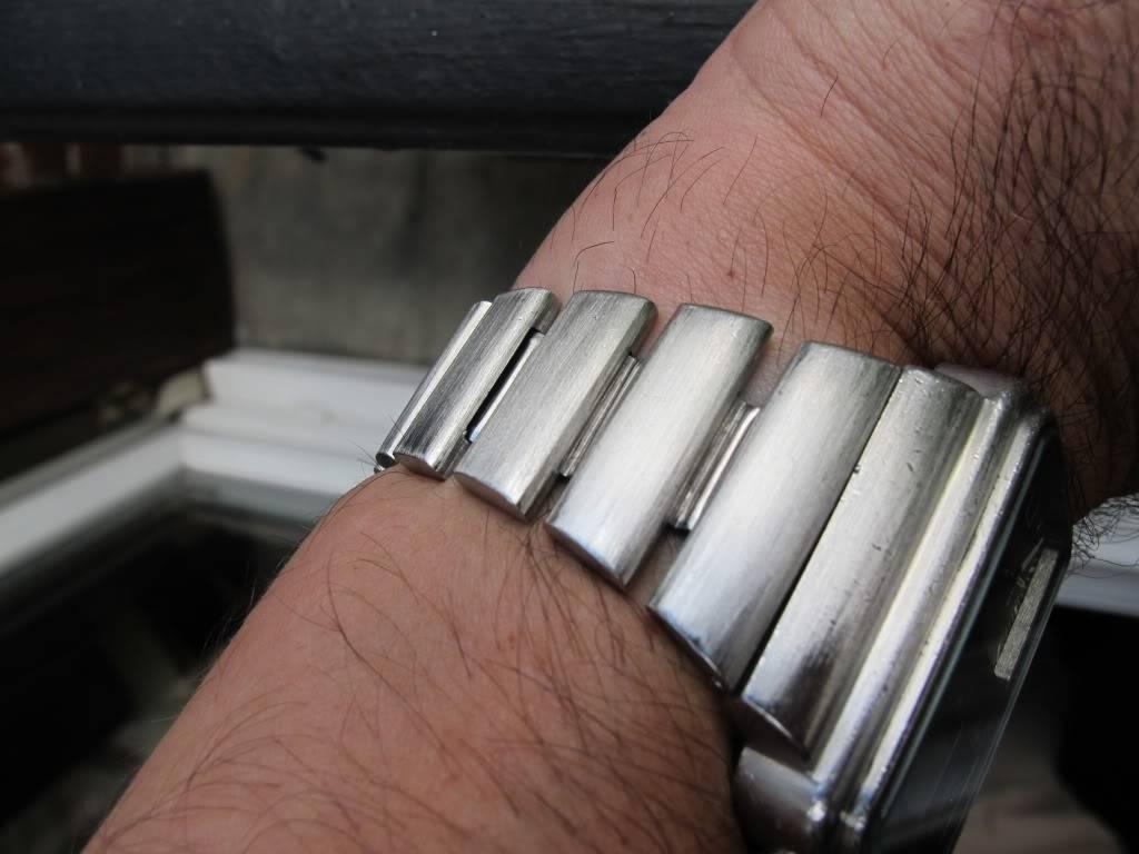 Bracelet d'Oméga Montréal. IMG_0010-2