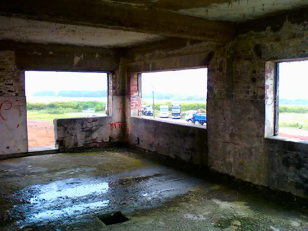 WWII Airfield Control Tower - Winkleigh, Devon - August 2010 Wink7