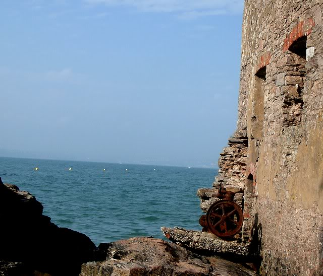 Lord Churston's Bathing House - Elberry Cove, Torbay - August 2010 Gedc0170