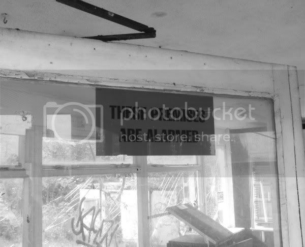 Abandoned Petrol Station - Haldon Hill, Nr.Exeter - November 2009 Dsc00495