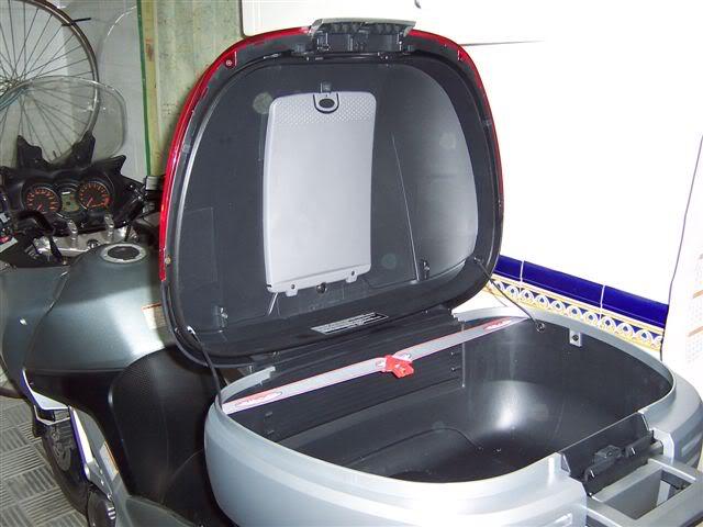 Pictures of Shad Motorcases on Suzuki Vstrom Ba_l2