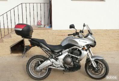 Pictures Kawasaki Versys with SHAD Motorcases De90b10573b3282885f0384665788a3b-1-3-kawasaki-versys-650-gris-con-5-meses-nuevecita