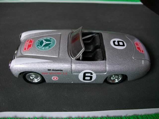 Mercedes Benz 300 SL Spider. New Ray. Juanh Racing Team 077 100_3603