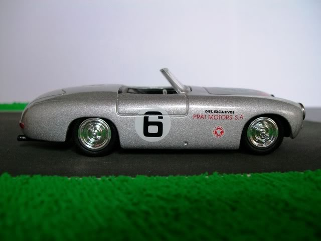 Mercedes Benz 300 SL Spider. New Ray. Juanh Racing Team 077 100_3613