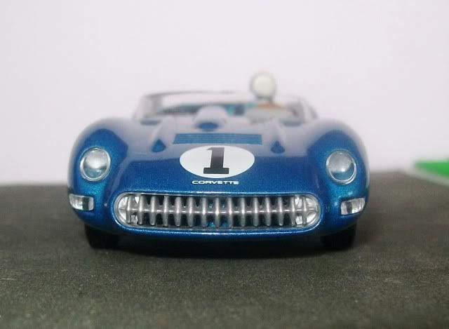 Chevrolet Corvette SS. AutoArt. Juanh Racing Team 128 100_5540