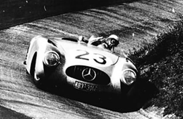 Mercedes Benz 300 SL Spider. New Ray. Juanh Racing Team 077 Nuerbg