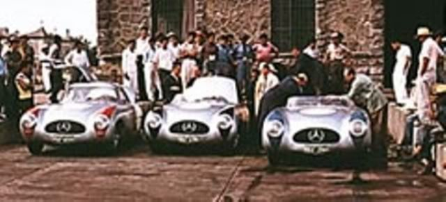 Mercedes Benz 300 SL Spider. New Ray. Juanh Racing Team 077 W194-02