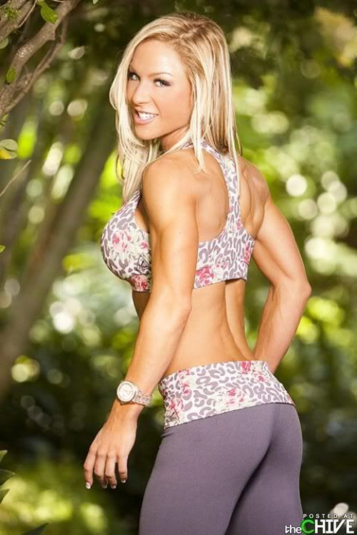 Women of the Day - Page 2 Hot-girls-in-yoga-pants-2