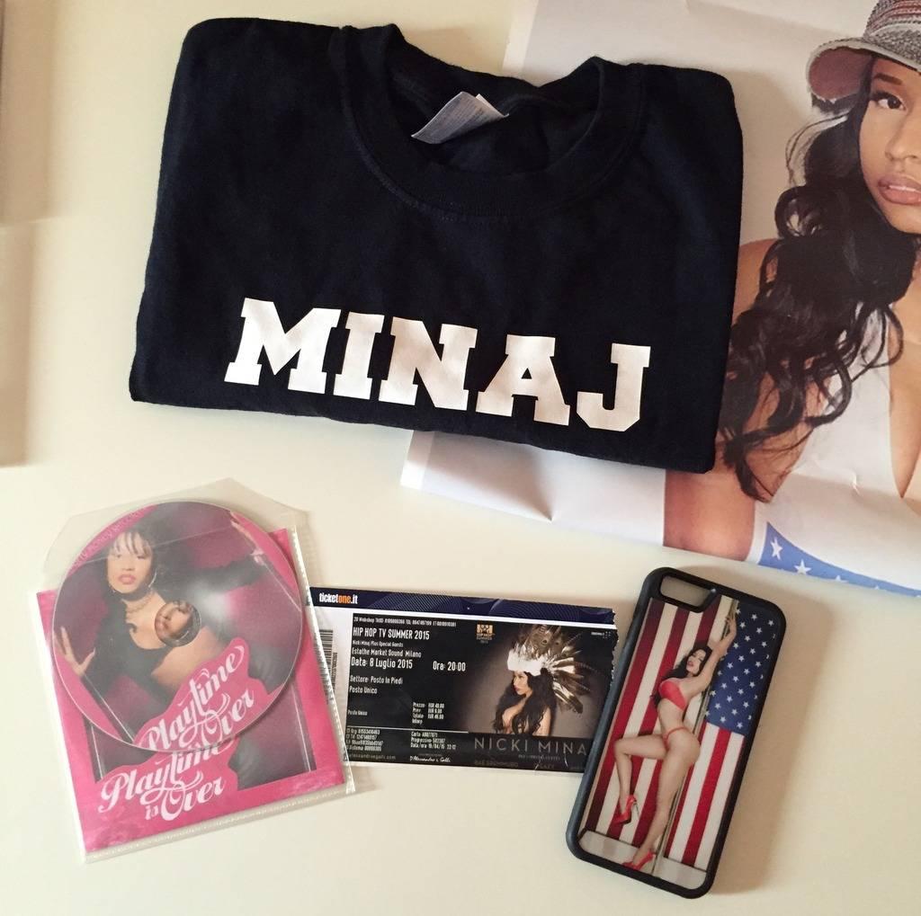 Tu colección de Nicki Minaj - Página 4 C6393AD5-7F43-4350-944D-CCCB6B0171FD