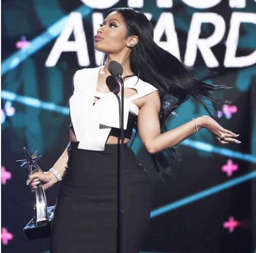 Promoción era 'The Pinkprint' (atuaciones, entrevistas, publicidad, etc.) | VMAs 2015, pág. 8 | - Página 7 Nic