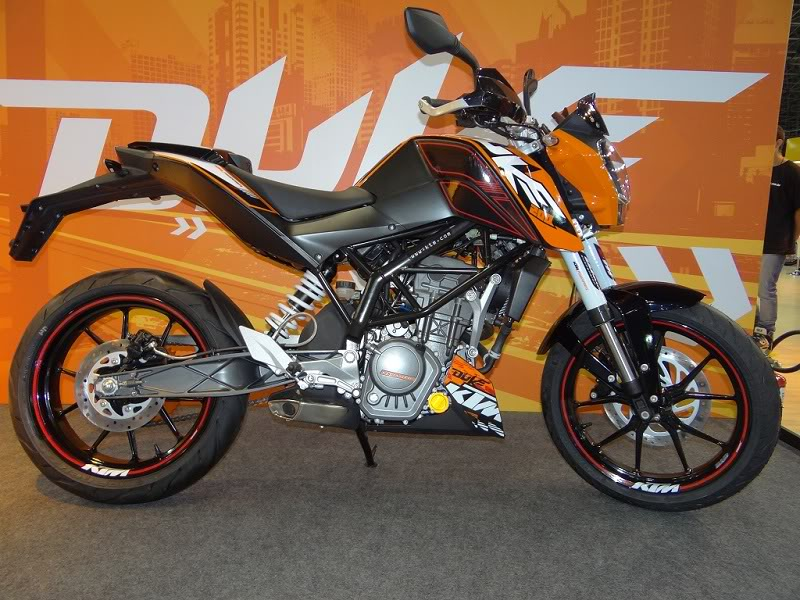 KTM 200 DUKE Duke200_latin1
