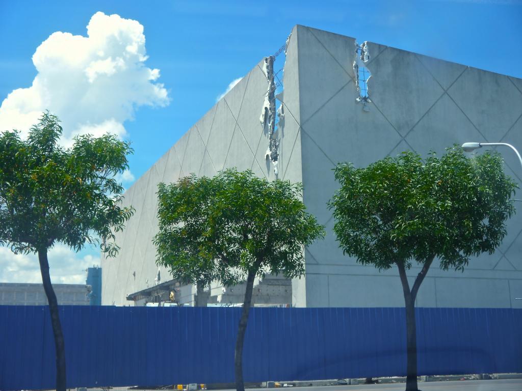 SM City Bacolod - Phase 2 Expansion [ 3F| com | u/c]   P1010649_zps7efa261b